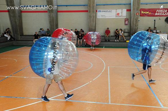 noleggio bubble football milano istituto salesiano