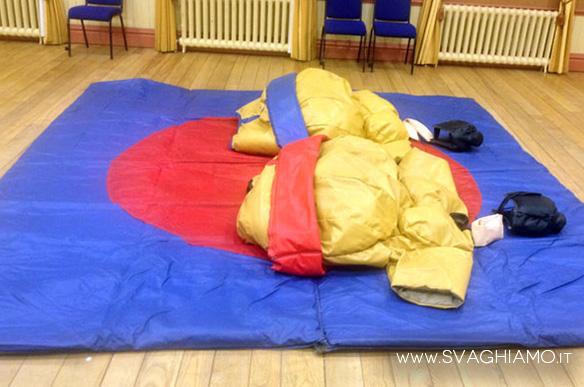 noleggio sumo costumi
