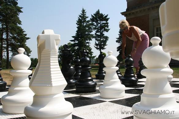 noleggio scacchi giganti lecco como milano