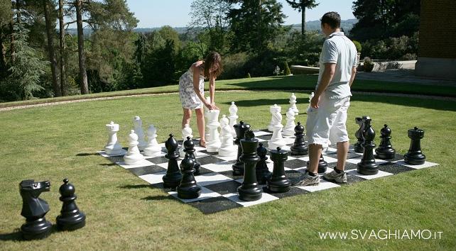 noleggio scacchi giganti