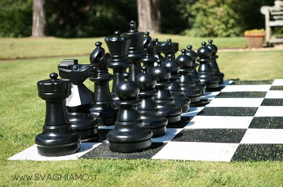 schacchi giganti neri